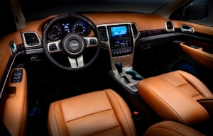 2011-jeep-grand-cherokee-overland-summit-interior