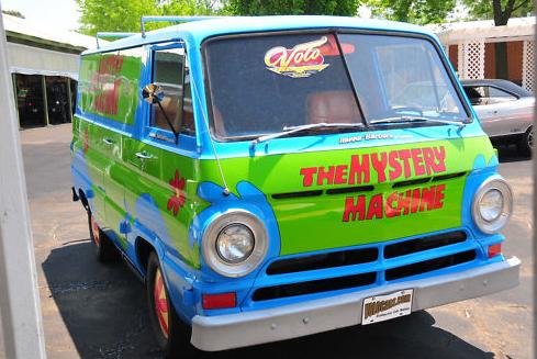 """Dodge A100 Van - """"Scooby-Doo"""" Van"""