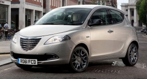 2012-Chrysler-Ypsilon
