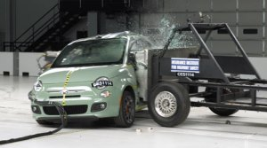 FIAT 500 Awarded Top Safety Pick