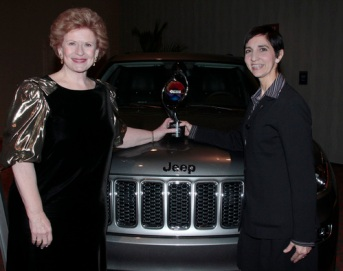 Georgette Borrego Dulworth (R), Director of Talent Acquisition & Diversity, Chrysler Group LLC US Senator Debbie Stabenow (L)